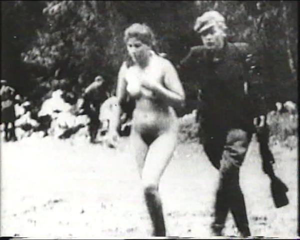 в фашистских лагерях проститутки
